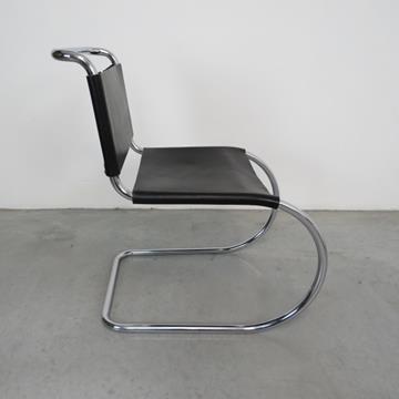 MR10 Chair -  Ludvig Mies van der Rohe